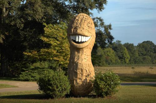 plains-ga-jimmy-carter-peanut-statue-photograph-copyright-brian-brown-vanishing-south-georgia-usa-2012
