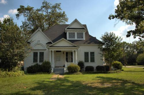 reynolds-ga-colonial-revival-house-photograph-copyright-brian-brown-vanishing-south-georgia-usa-2012