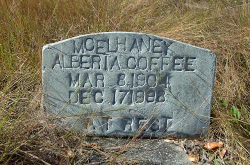 ben-hill-county-ga-tanner-cemetery-mchelhaney-alberta-coffee-photograph-copyright-brian-brown-vanishing-south-georgia-usa-2012