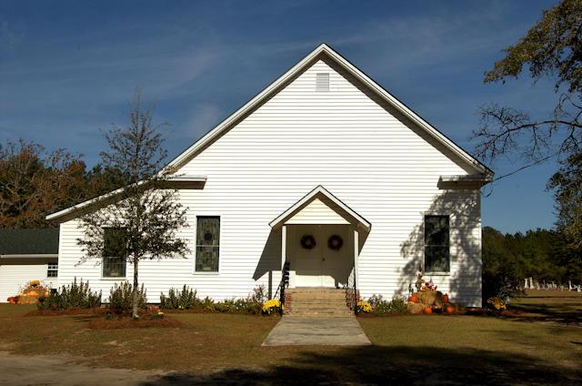 historic-pleasant-hill-baptist-church-rebecca-ga-photograph-copyright-brian-brown-vanishing-south-georgia-usa-2012