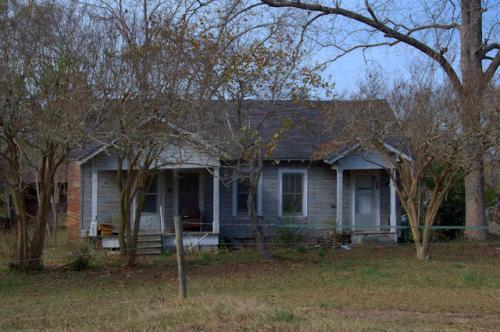 jeff-davis-county-ga-eclectic-farmhouse-photograph-copyright-brian-brown-vanishing-south-georgia-usa-2012