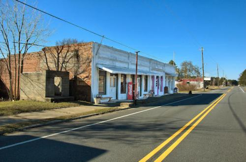 tarrytown-ga-historic-storefronts-photograph-copyright-brian-brown-vanishing-south-georgia-usa-2012
