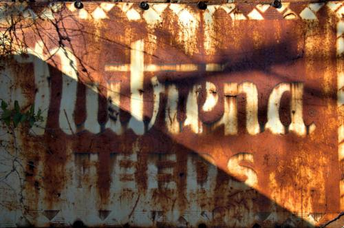 tarrytown-ga-nutrena-feeds-sign-photograph-copyright-brian-brown-vanishing-south-georgia-usa-2012