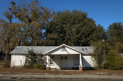 Allenhurst GA Liberty County Abandoned Mid-20th Century Roadside Grocery Store Filling Station Picture Image Photo © Brian Brown Vanishing South Georgia USA 2013