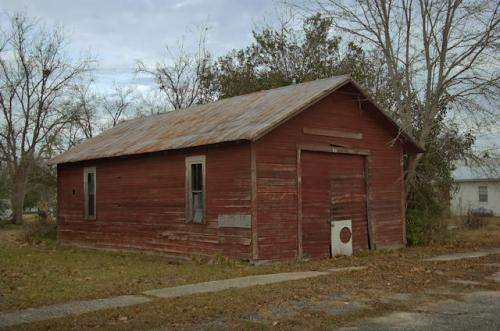berlin-ga-mileys-garage-photograph-copyright-brian-brown-vanishing-south-georgia-usa-2013