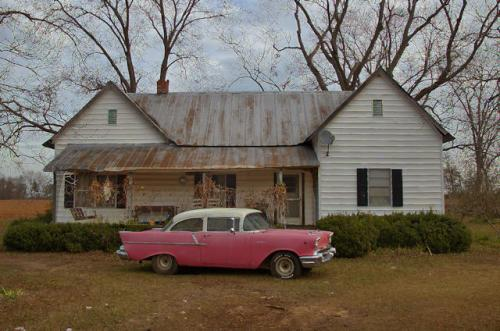 brooks-county-ga-teal-house-pink-57-chevy-photograph-copyright-brian-brown-vanishing-south-georgia-usa-2013