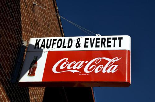 vidalia-ga-kaufold-everett-coca-cola-sign-photograph-copyright-brian-brown-vanishing-south-georgia-usa-2013