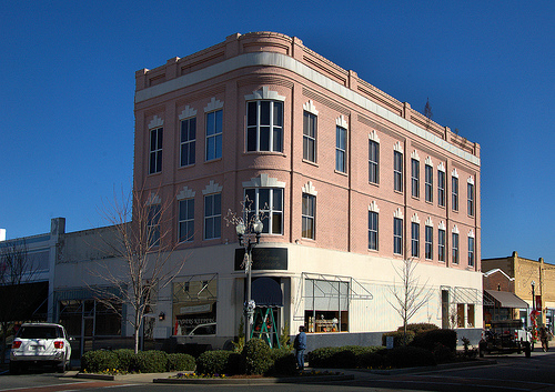 Vidalia GA Toombs County Historic District Masonic Hall Darby Bank Building Curved Facade Pink Three Story Picture Image Photo © Brian Brown Vanishing South Georgia USA 2013