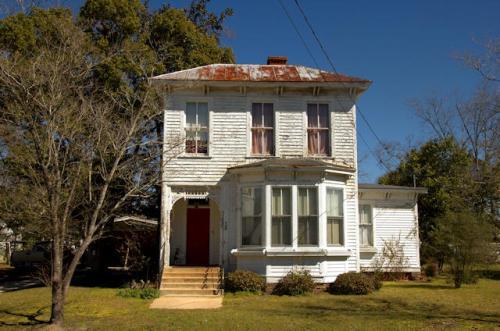 lumber-city-ga-italianate-house-1-photograph-copyright-brian-brown-vanishing-south-georgia-usa-2013