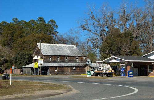 st-george-georgia-bend-southernmost-town-photograph-copyright-brian-brown-vanishing-south-georgia-usa-2013