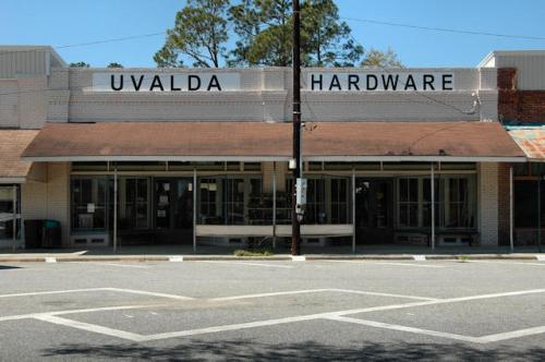 uvalda-hardware-photograph-copyright-brian-brown-vanishing-south-georgia-usa-2013