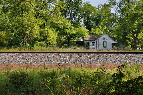 Arp GA Irwin County Ghost Town House by Railroad Tracks Picture Image Photograph © Brian Brown Vanishing South Georgia USA 2013