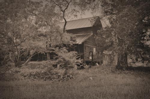 ben-hill-county-ga-vernacular-long-house-farmhouse-photograph-copyright-brian-brown-vanishing-south-georgia-usa-2013