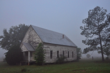 youngs_chapel_methodist_church_ben_hill_county_foggy_morning_georgia_public_radio_feature_gpb_picture_image_photograph_©_brian_brown_vanishing_south_georgia_usa_2013