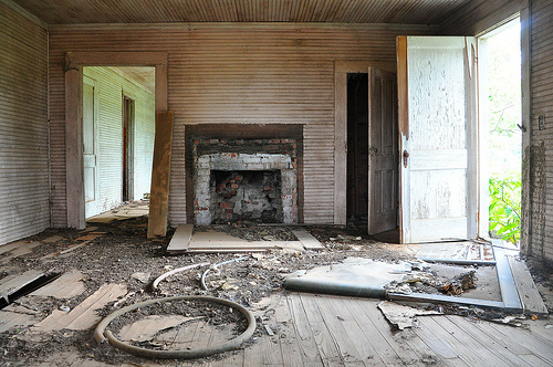 Abandoned Farmhouse Interior Turner County GA Southern Gothic Pic Image Photograph © Brian Brown Vanishing South Georgia USA 2013