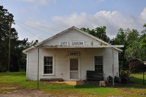 amboy-ga-pates-grocery-photograph-copyright-brian-brown-vanishing-south-georgia-usa-2013