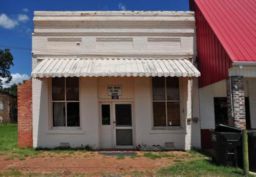 gay-wood-company-jeffersonville-ga-photograph-copyright-brian-brown-vanishing-south-georgia-usa-2013