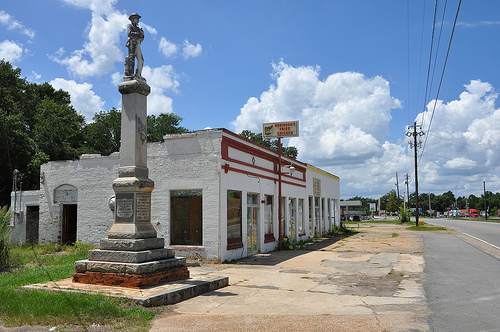 Jeffersonville GA Twiggs County Confederate Memorial Monument CSA Civil War Abandoned Commercial Storefronts Robinsons Fried Chicken Picture Image Photograph Copyright © Brian Brown Vanishing South Georgia USA 2013