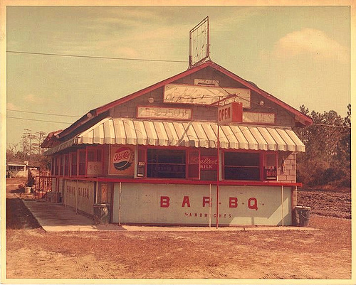 moodys-bar-b-q-shed-stand-restaurant-roadside-southern-food-iconic-us-highway-17-camden-county-ga-pressed-tin-false-brick-siding-picture-image-photo-courtesy-terry-proctor-vanishing-coast