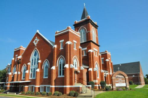 historic-first-baptist-church-of-vienna-ga-photograph-copyright-brian-brown-vanishing-south-georgia-usa-2013