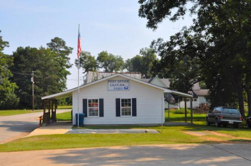 lilly-ga-u-s-post-office-photograph-copyright-brian-brown-vanishing-south-georgia-usa-2013