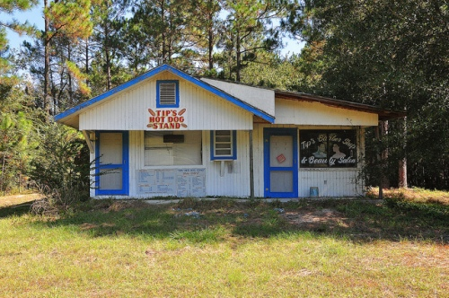 Tips Hot Dog Stand Barber Shop Beauty Salon Surrency GA Appling County Picture Image Photograph Copyright © Brian Brown Vanishing South Georgia USA 2013
