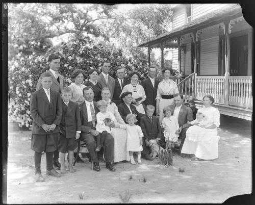 newbern-home-1914-rogers-studio-collection-courtesy-tom-johnson