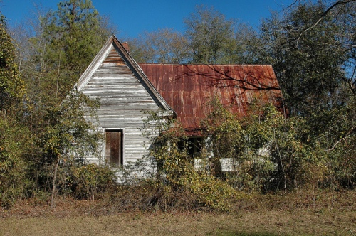 Girard GA Burke County Abandoned House High Pitched Steep Roof Vernacular Architecture Photograph Copyright Brian Brown Vanishing South Georgia USA 2013
