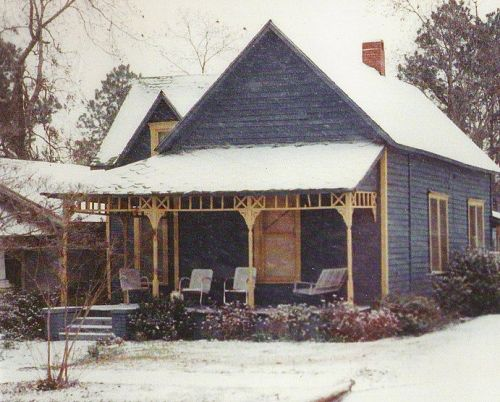Browning Bussell House in 1989 December Snow Event Photograph Copyright Brian Brown Vanishing South Georgia USA 2014