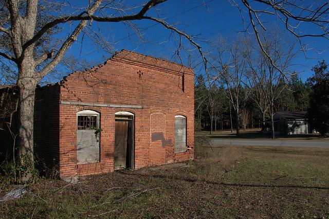 nevils ga shearwood railroad depot ruins photograph copyright brian brown vanishing south georgia usa 2014
