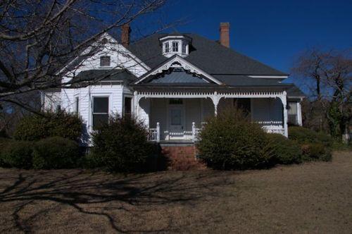 Stapleton GA Eclectic Victorian House Photograph Copyright Brian Brown Vanishing South Georgia USA 2014