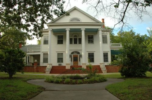 Wrens GA Colonial Revival Architecture House Photograph Copyright Brian Brown Vanishing Souh Georgia USA 2014
