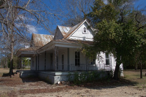 Folk Victorian House Cochran GA Photograph Copyright Brian Brown Vanishing South Georgia USA 2014