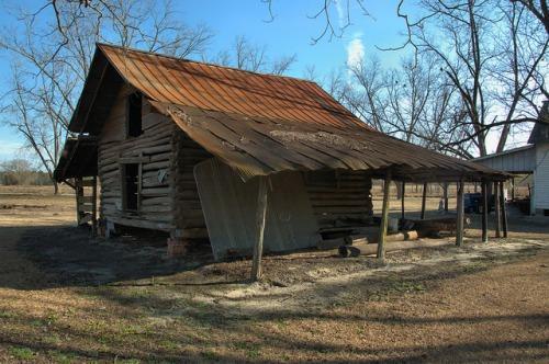 weatherford-farm-log-barn-emanuel-county-ga-photograph-copyright-brian-brown-vanishing-south-georgia-usa-2014