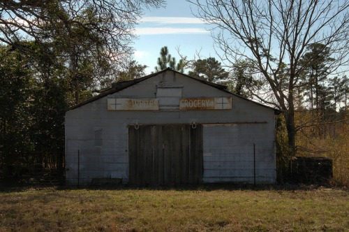 Whites Grocery Bleckley County GA Photograph Copyright Brian Brown Vanishing South Georgia USA 2014
