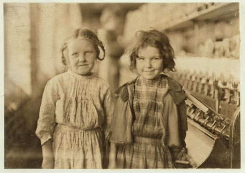 cotton-mill-girls-tifton-ga-1909-lewis-wickes-hine-reprint-courtesy-library-of-congress-child-labor-sewing-factories-labor-conditions-bad-hours-exploitation-rural-south-georgia1