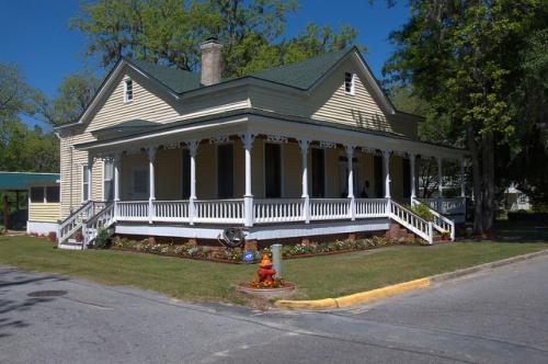 Folk Victorian House Guyton GA Effingham County Photograph Copyright Brian Brown Vanishing South Georgia USA 2014