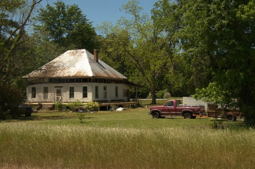 Pyramidal Roof Vernacular Architecture Old House Clyo GA Effingham County Photograph Copyright Brian Brown Vanishing South Georgia USA 2014
