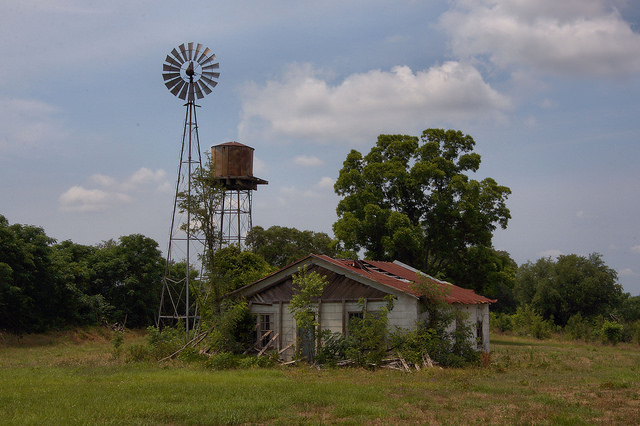 South georgia water towers vanishing south georgia for Farmhouse tower