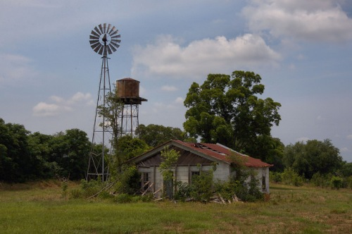 Abandoned Farm Windmill Water Tower Old Peach Orchard Telfair County GA Photograph Copyright Brian Brown Vanishing South Georgia USA 2014