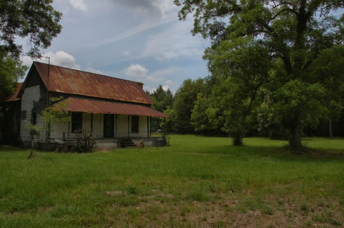 Farmhouse on Highway 144 Appling County GA Photograph Copyright Brian Brown Vanishing South Georgia USA 2014