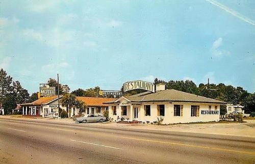 Ludowici GA Postcard Franklinia Motel and Restaurant 1960s Copyright Brian Brown Vanishing South Georgia USA 2014