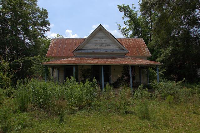 Lumber City GA Telfair COunty Abandoned Vernacular House Photograph Copyright Brian Brown Vanishing South Georgia USA 2014