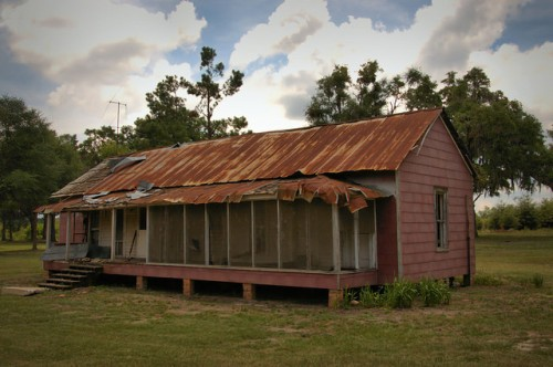 Millhaven Plantation GA Screven County Employee Housing Largest Farm East of Mississippi Abandoned Unit Red Siding Wooden Shingles Under Tin Photograph Copyright Brian Brown Vanishing South Georgia USA 2014