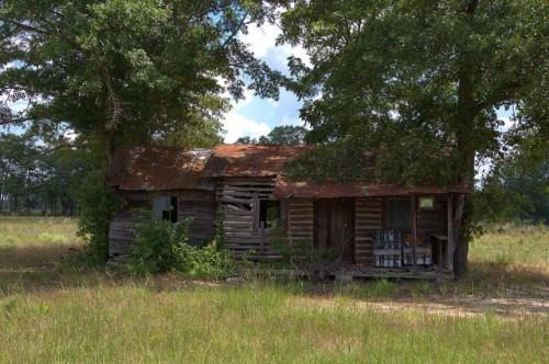 Old Log Farm House Tenant Era Vernacular Architecture Tattnall County GA Photograph Copyright Brian Brown Vanishing South Georgia USA 2014