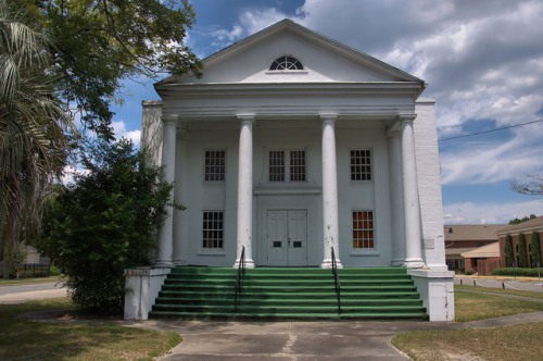 Jesup GA Wayne County Calvary Baptist Church Neoclassical Architecture Photograph Copyright Brian Brown Vanishing South Georgia USA 2014