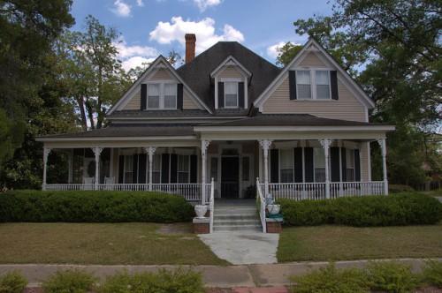 Pearson GA Atkinson County Folk Victorian House Photograph Copyright Brian Brown Vanishing South Georgia USA 2014