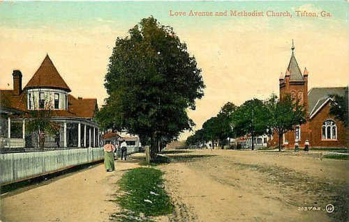 Tifton GA Antique Postcard Love Avenue Methodist Church Dirt Streets Collection of Brian Brown Vanishing South Georgia USA 2014