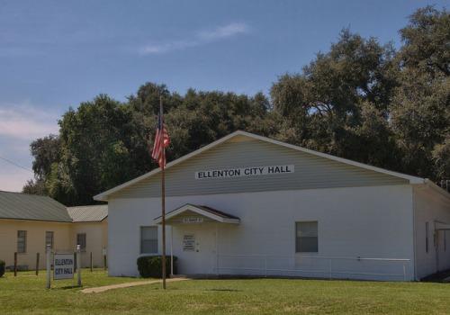 Ellenton GA Colquitt County City Hall Photograph Copyright Brian Brown Vanishing Souh Georgia USA 2014