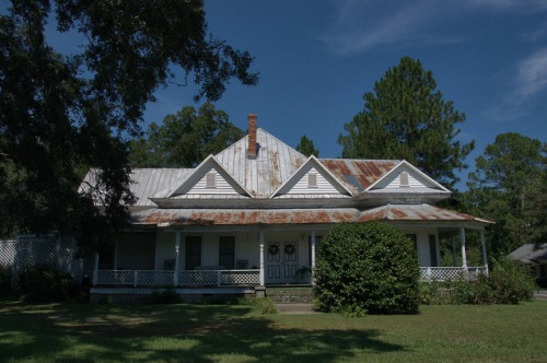 Ellenton GA Colquitt County Folk Victorian Architecture House Photograph Copyright Brian Brown Vanishing South Georgia USA 2014
